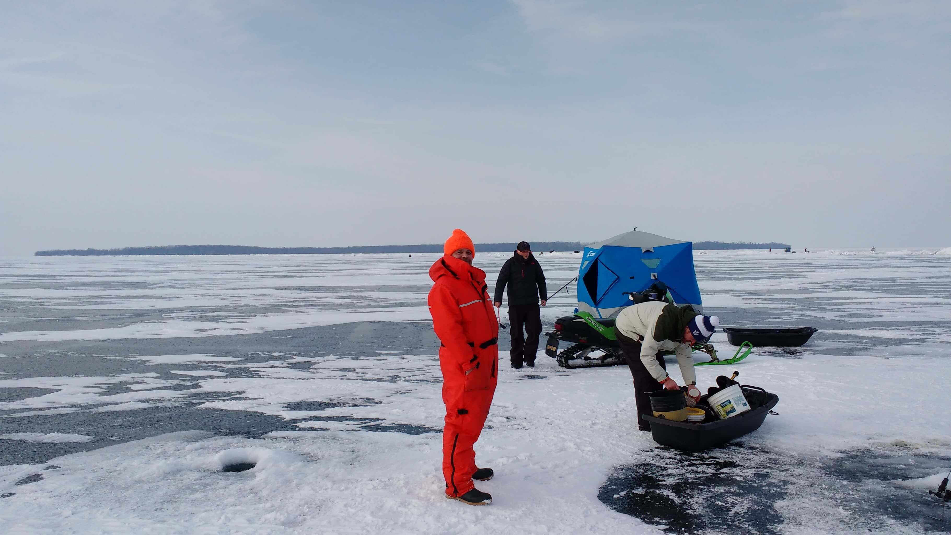 ice fishing in Canada, Lake Simcoe